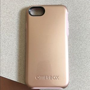 Otter box iPhone 7 case